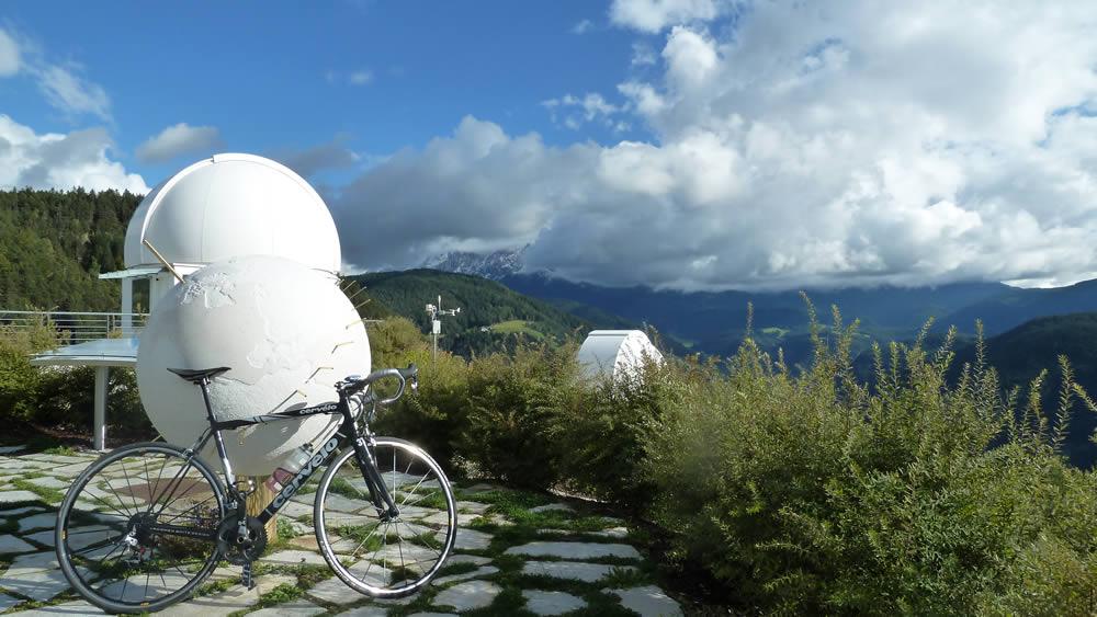 Blick von der Sternwarte Steinegg zum Rosengarten in den Dolomiten