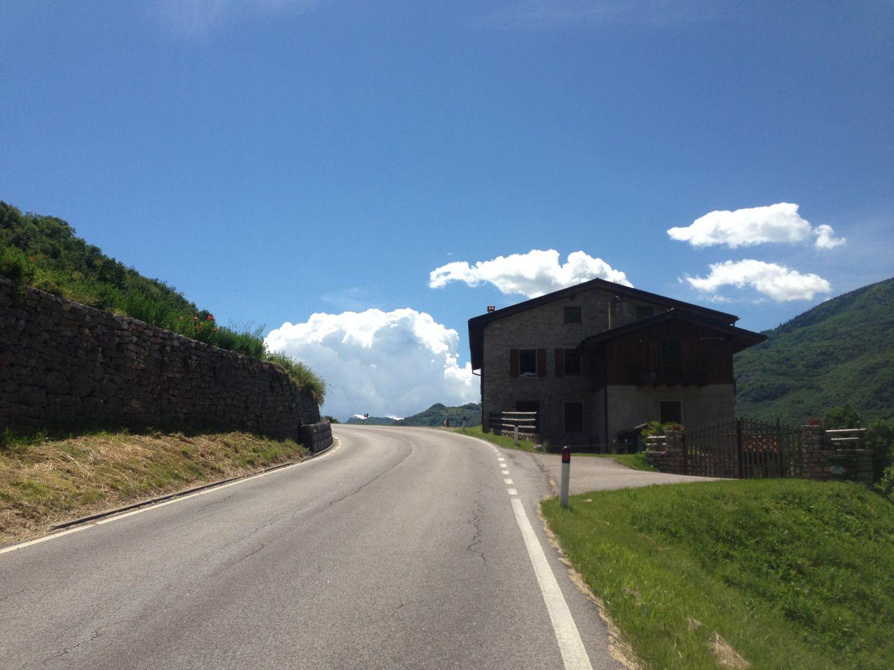 Giro d'Italia Bergzeitfahrstrecke nach Ronzo - Chienis