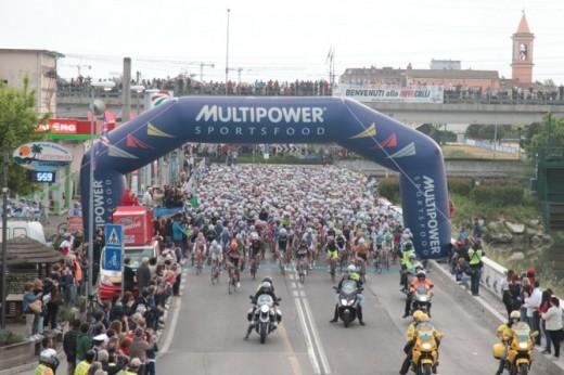 Start der Nove Colli 2013 in Cesenatico