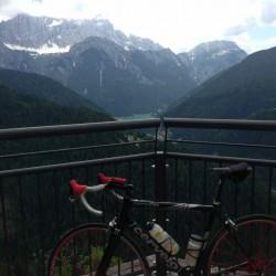 Belvedere mit Aussicht auf die Civetta und den Lago Alleghe