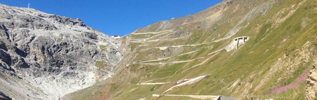 Über 200 Rennradtouren in Südtirol, Trentino und Veneto mit Beschreibung und GPS Download.