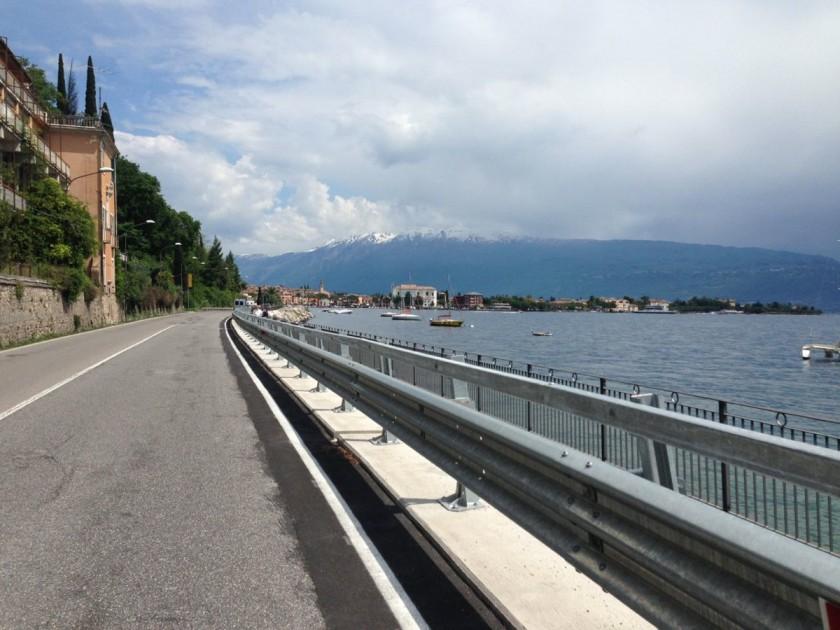 Gardaseerunde Maderno / Rennradler
