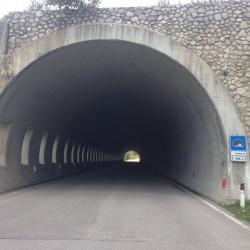 Stoneman Road / Tunnel Passo Giau