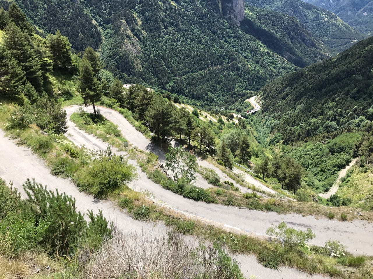 Rennradtour Sanremo - Bolzano: Serpentinentraum Tende